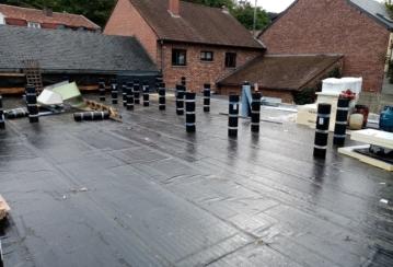 Rénovation d'une toiture à Tilff – 375 M²